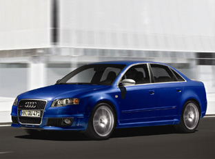 Audi RS4 Saloon