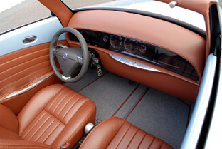 Caresto V8 Speedster interior