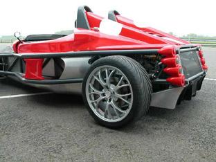 Deronda F400 | Sports Cars