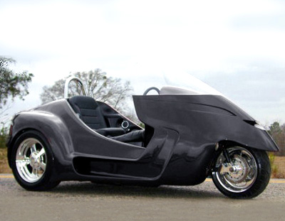 Stallion Trikes for Sale http://www.diseno-art.com/encyclopedia/strange_vehicles/thoroughbred_motorsports_stallion.html