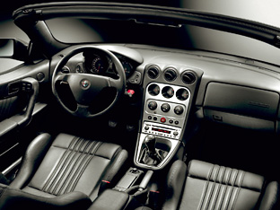 Alfa Romeo Spider Lusso Final Edition interior