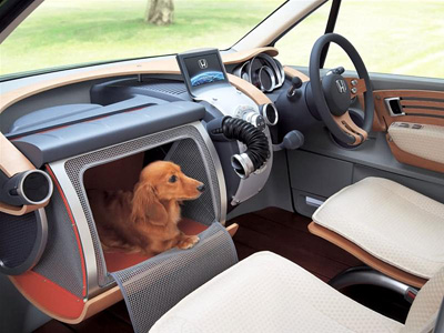 Honda WOW (Wonderfully Openhearted Wagon) interior