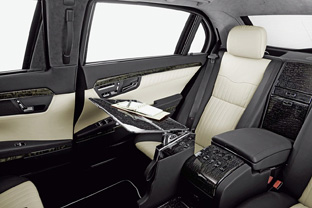 2009 Mercedes-Benz S 600 Pullman Guard Limousine interior