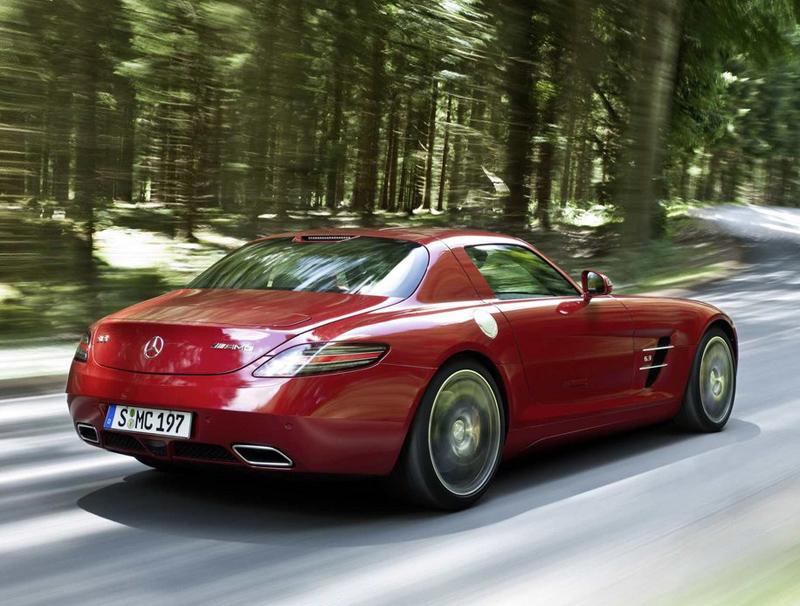 Mercedes Benz Sls Amg Rear Driving