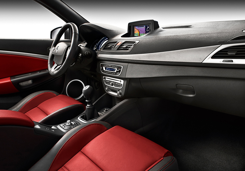 http://www.diseno-art.com/images_4/2010_Renault_Megane_Coupe-Cabriolet_interior_red.jpg