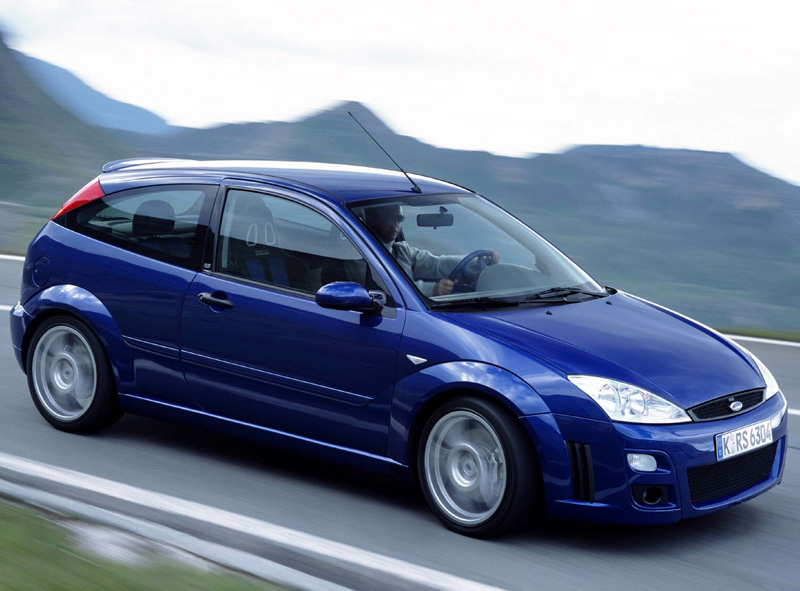 ford focus rs mk1 hot hatches. Black Bedroom Furniture Sets. Home Design Ideas
