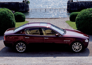 Maserati Quattroporte side view