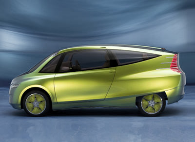 http://www.diseno-art.com/images_5/Mercedes-Benz_Bionic_side.jpg