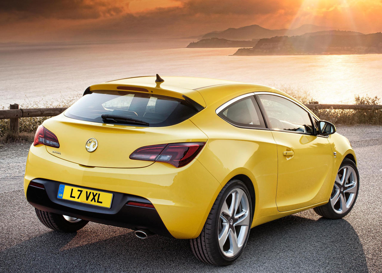 2012 vauxhall astra gtc hot hatches. Black Bedroom Furniture Sets. Home Design Ideas
