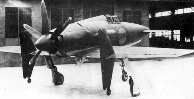 Avions insolites - Page 13 Kyushu-J7W-Shinden-5