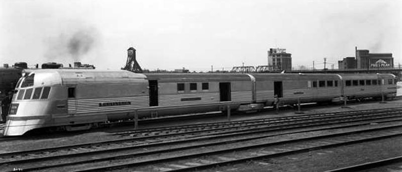 Zephyr Streamliner Train Strange Vehicles Diseno Art