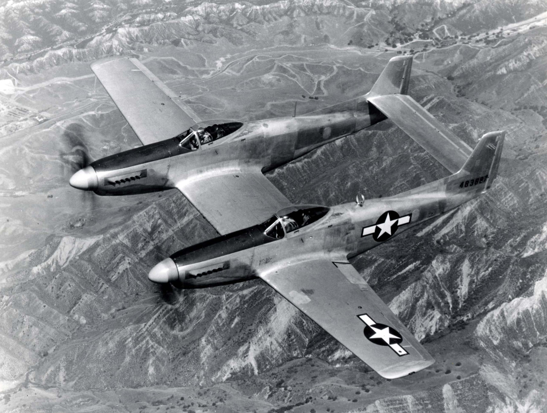 F-82-Twin-Mustang-3.jpg