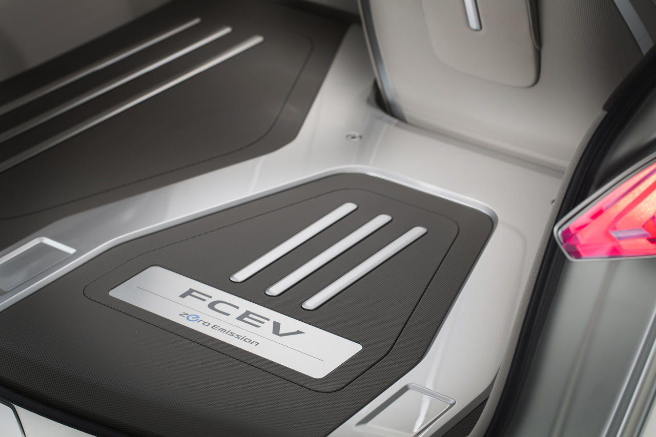 Nissan terra zero emission suv concept diseno art nissan terra zero emission suv concept vanachro Choice Image