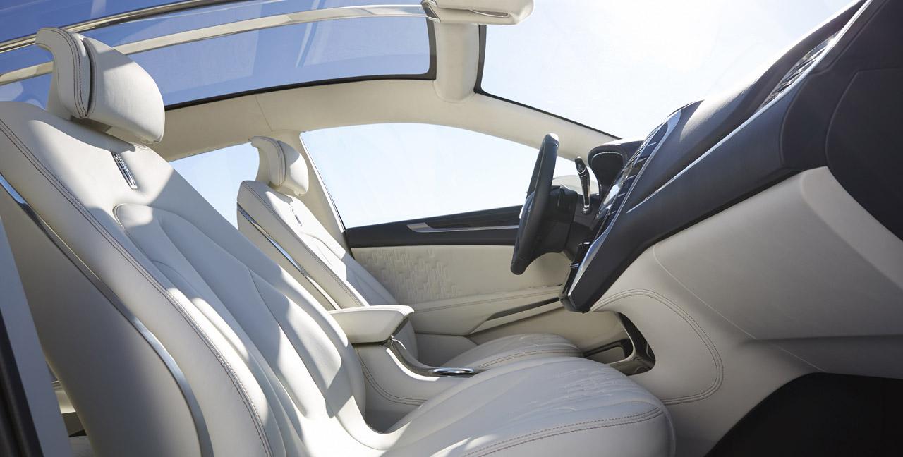 Lincoln MKC Concept interior