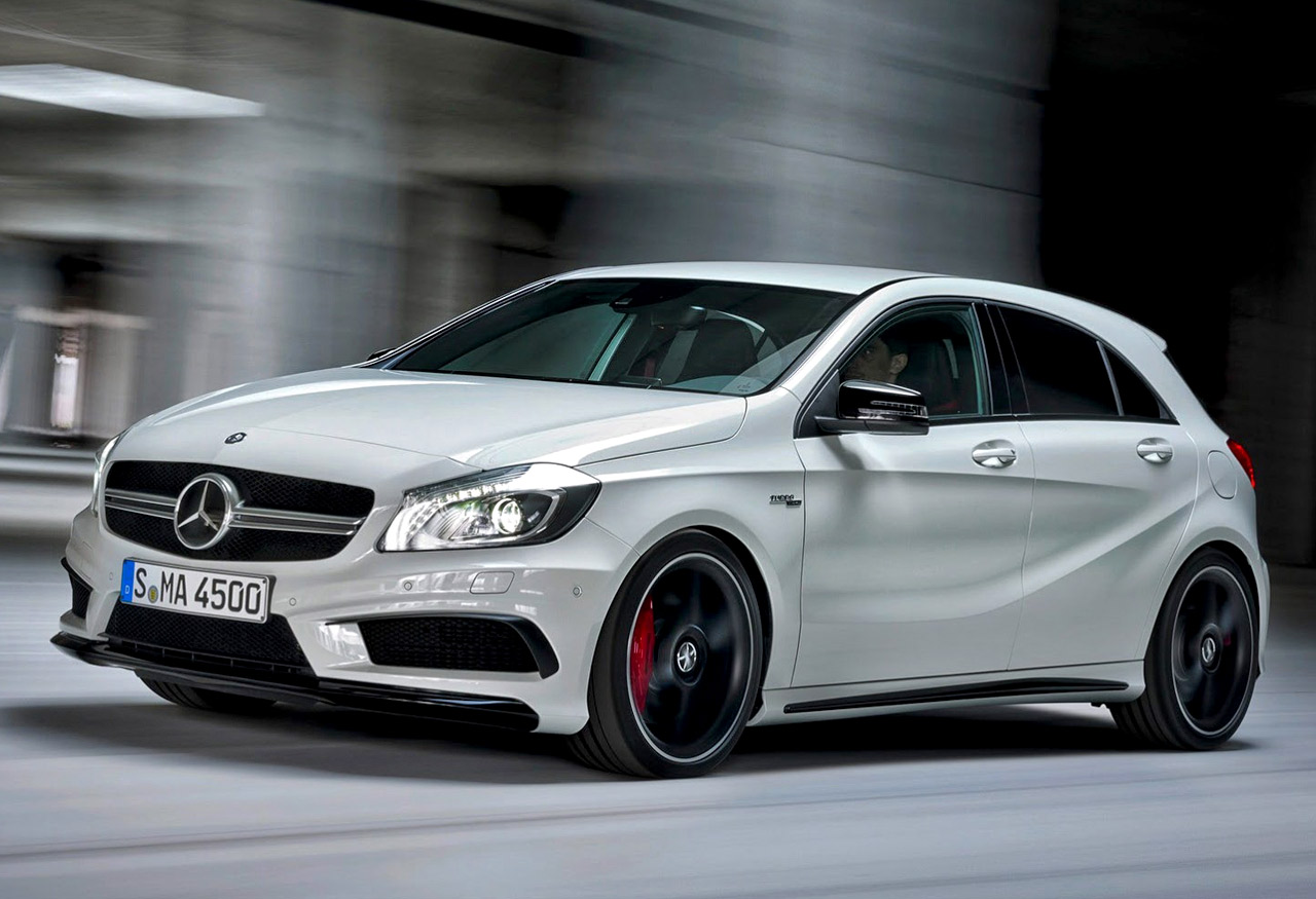 mercedes a45 amg heeft een prijs. Black Bedroom Furniture Sets. Home Design Ideas