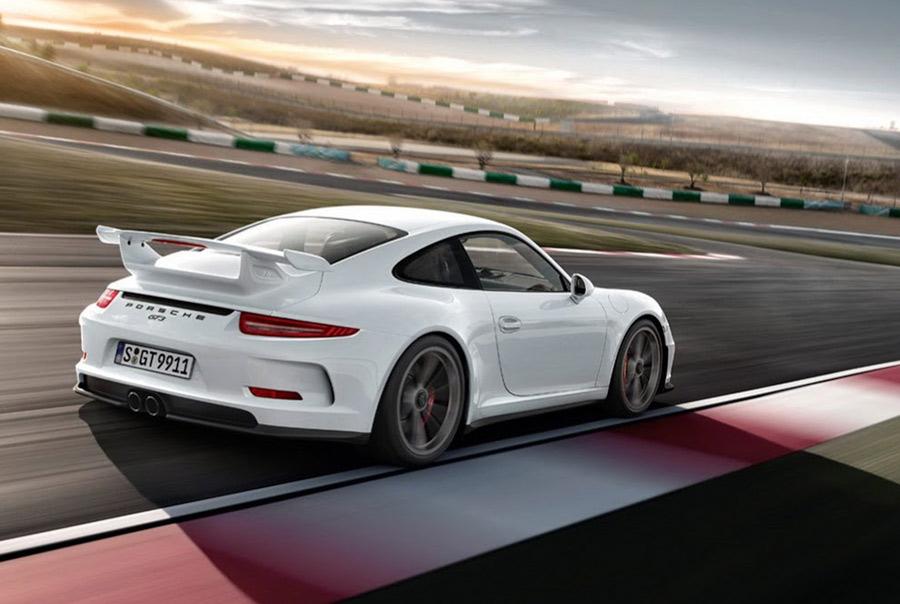 http://www.diseno-art.com/news_content/wp-content/uploads/2013/03/Porsche-991-GT3-16.jpg
