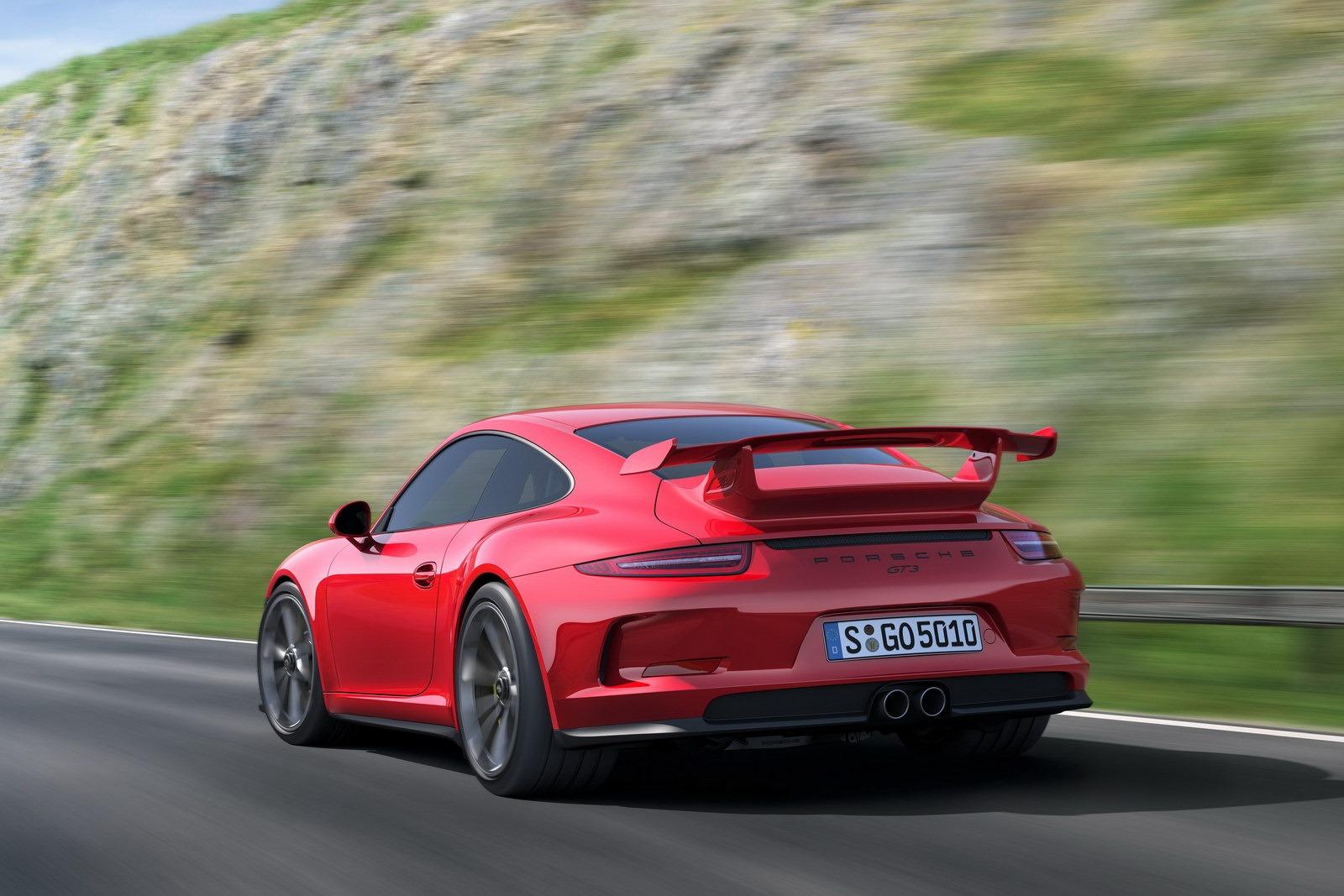 http://www.diseno-art.com/news_content/wp-content/uploads/2013/03/Porsche-991-GT3-5.jpg
