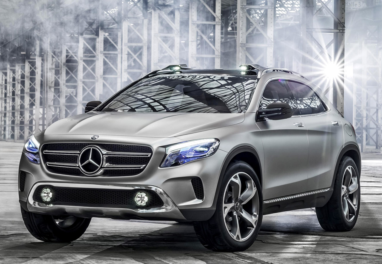 Mercedes benz gla concept diseno art for Mercedes benz used gla