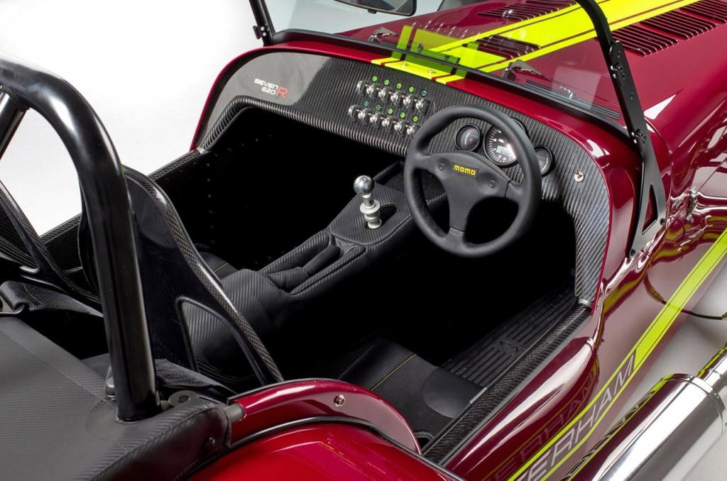 Caterham 620R interior