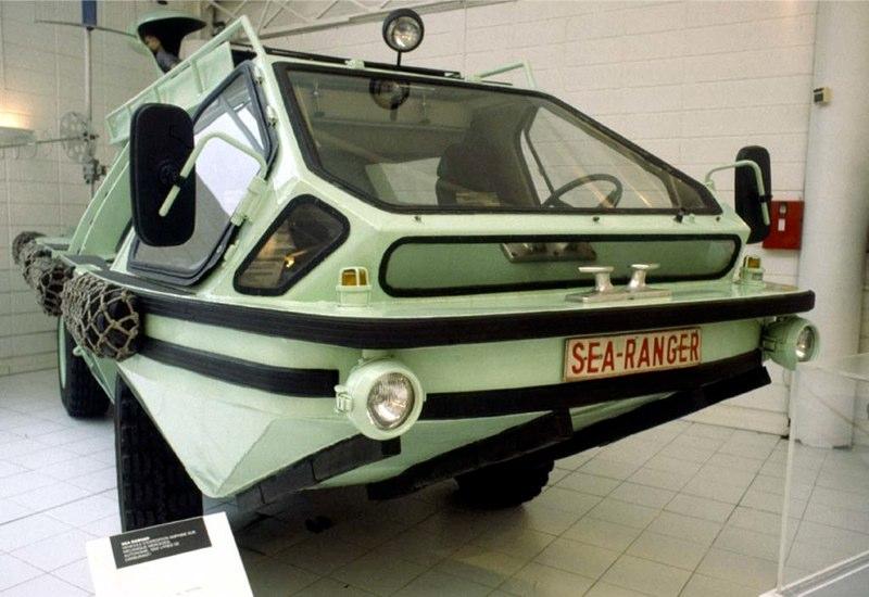 Colani Sea Ranger Strange Vehicles Diseno Art