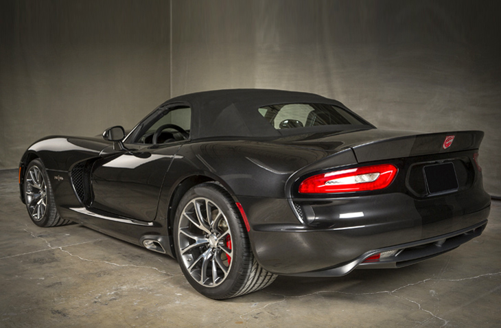 Prefix Roadster convertible SRT Viper