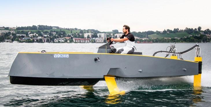 Hydros HY-X retractable hydrofoil boat