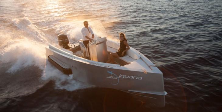 Iguana 29 tracked amphibious boat