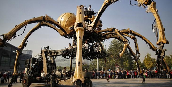 huge Robotic Spider in Beijing