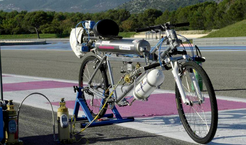 Rocket-powered bicycle Francois Gissy