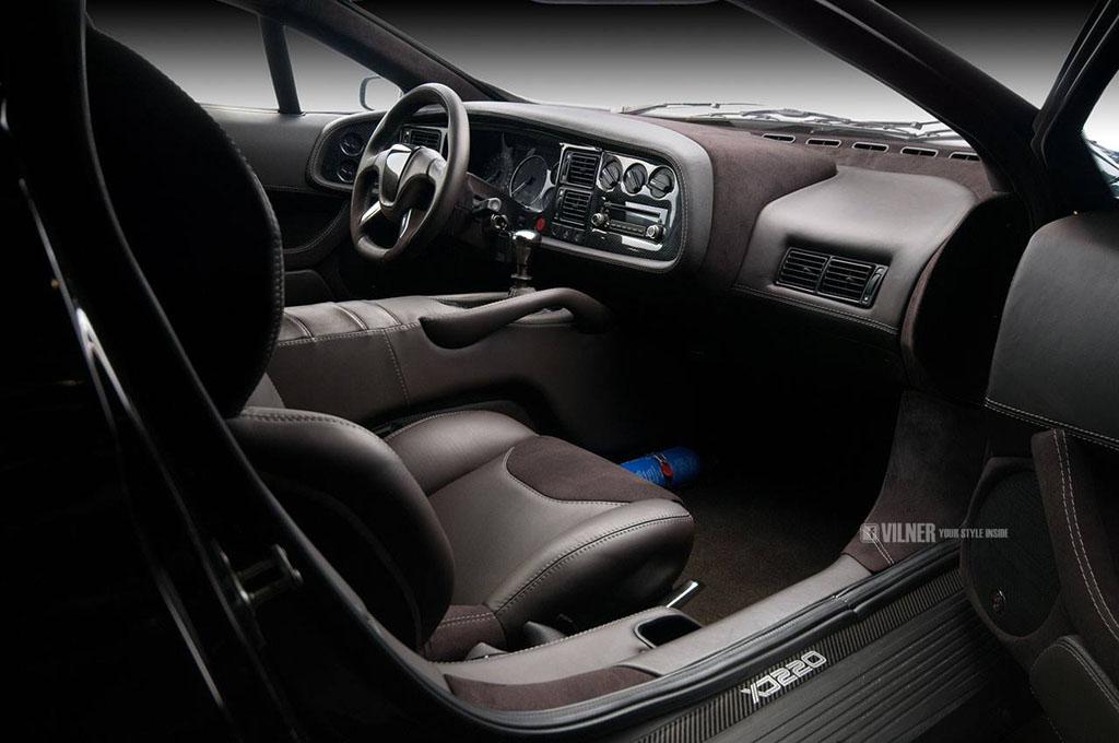 Vilner Jaguar XJ220 interior