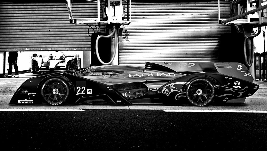 jaguar xjr 19 le mans racer concept cars diseno art. Black Bedroom Furniture Sets. Home Design Ideas